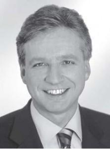 Dr. Christoph Palmer