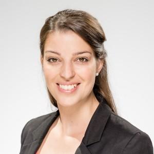 Stephanie Scholz, Auszeichnung im Rahmen des Goldmedia-Preises für innovative Abschlussarbeiten im Bereich Medienwirtschaft 2017, © Zsolt Marton